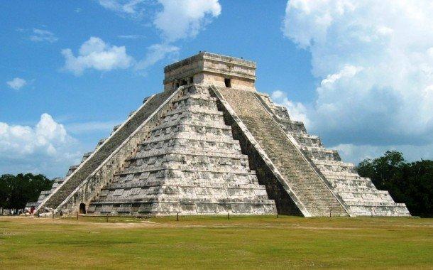 famosa-piramide-de-kukulkan